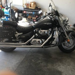 2006 Suzuki Boulevard C90T with Cobra pipes and FI2000 side view.